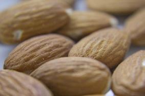 almonds-1317800